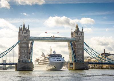 Silver Wind, London, 2017, Tower Bridge, River Thames, South Bank